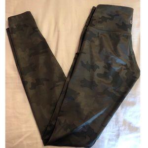 Lululemon green camouflage tights